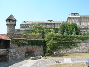 Medieval fortifications, Buda Castle